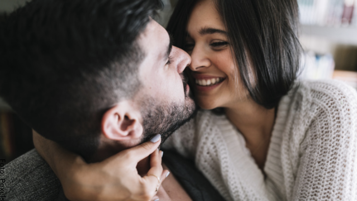 Foto de una pareja enamorada