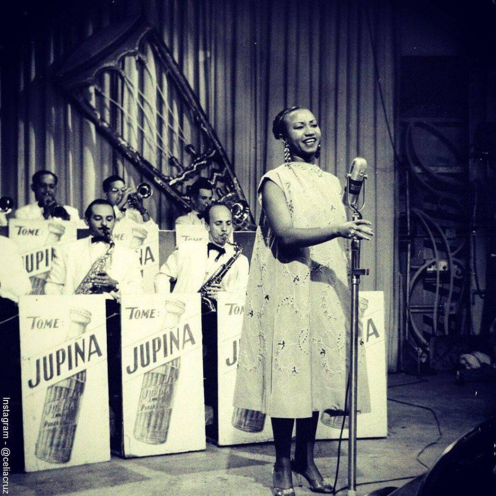 Foto de Celia Cruz cuando hacia parte de la Sonora Matancera de Cuba