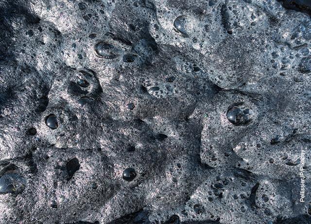 Foto de lodo y barro con burbujas