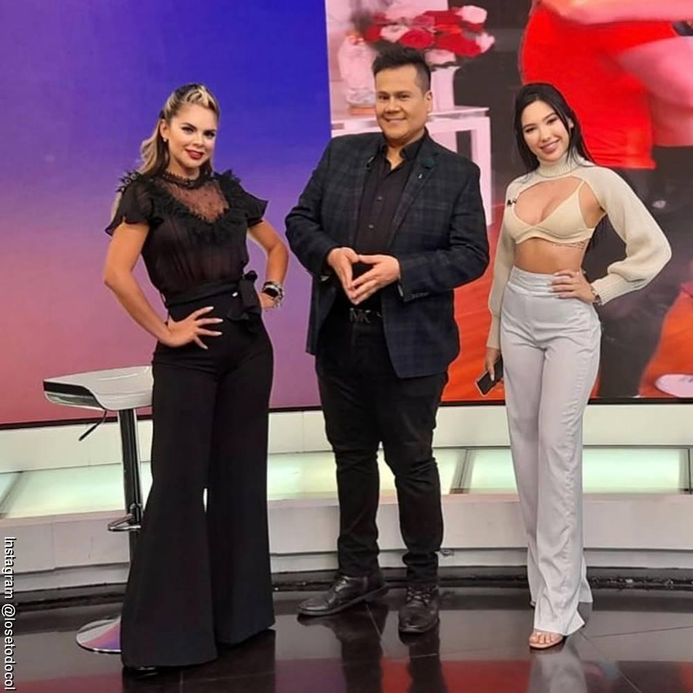 Foto de los presentadores de Lo sé todo, Aida Victoria Merlano, Alejandra Serje y Ariel Osorio