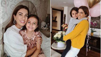 Andrea Serna presumió los pequeños abdominales de su hija Emilia