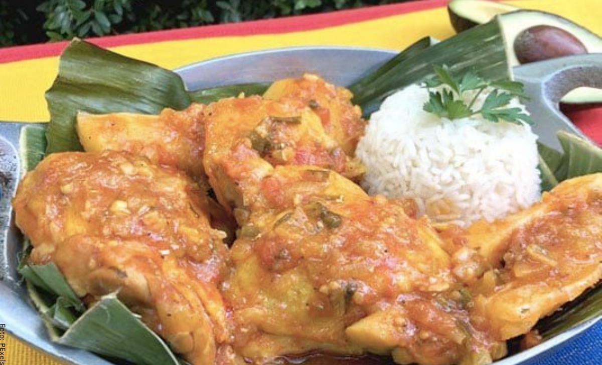 Cómo hacer un sudado de pollo casero y delicioso