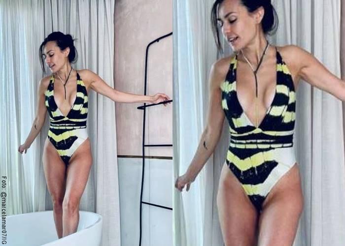Foto de Marcela Mar en vestido de baño