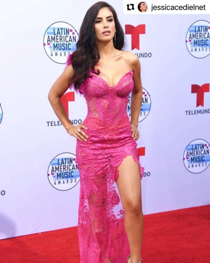 Jessica Cediel en la alfombra roja de los Latin American Music Awards