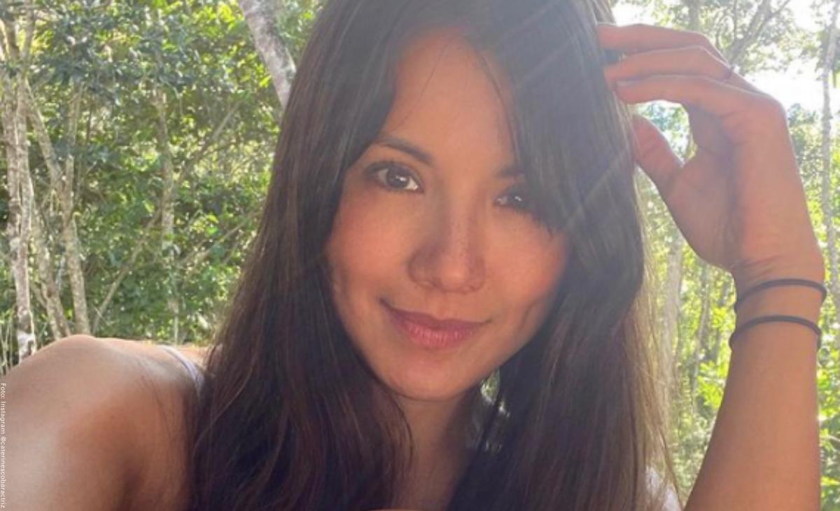 Caterin Escobar posó en bikini para mostrar sus estrías