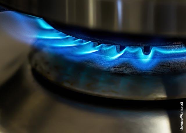 Foto de una olla al fuego