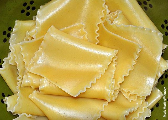 Foto de pasta de lasaña cruda