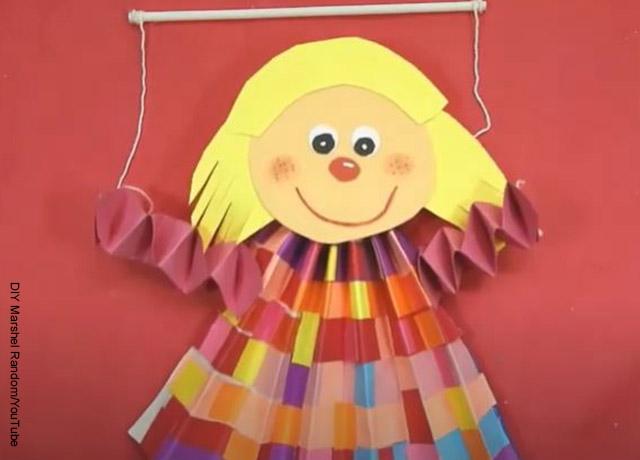 Foto de un juguete hecho con una manualidad para niños