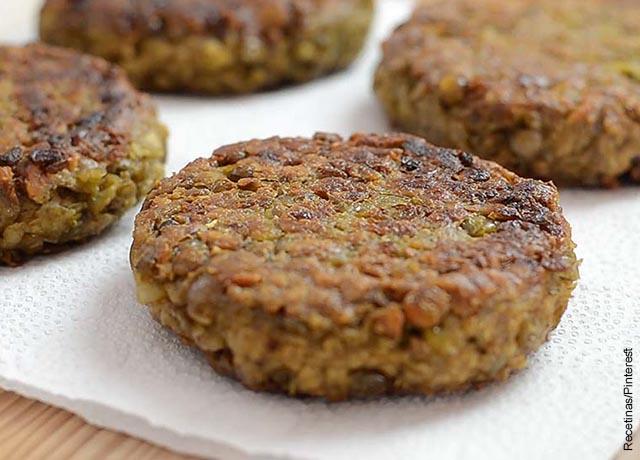 Foto que ilustra las hamburguesas de lentejas con su receta