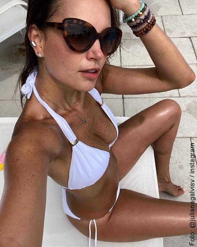 juliana galvis en bikini blanco