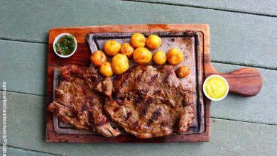 Foto de un churrasco que muestra las recetas colombianas