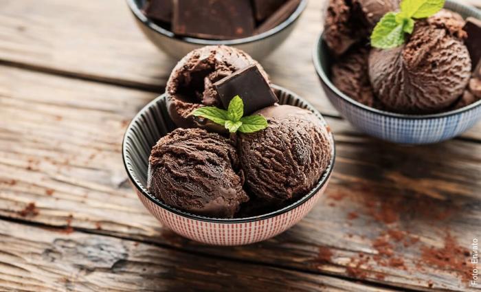 Foto de helado casero de chocolate