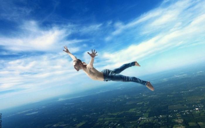 Foto de una persona volando