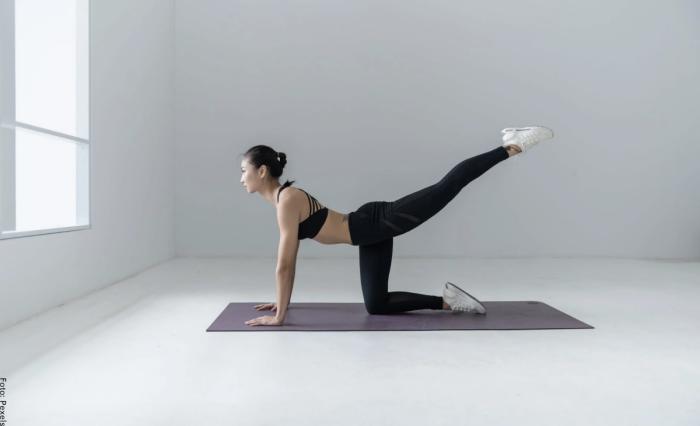 Foto de ejercicios para abdomen bajo