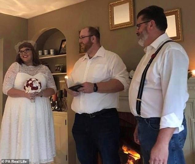 Foto del matrimonio entre Erica Lane y Jeff Quiggle