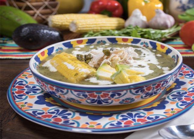Foto de un plato de ajiaco santafereño