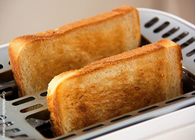 Foto de dos panes tostados