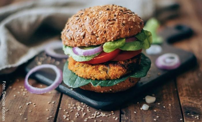 Foto de hamburguesa de quinoa