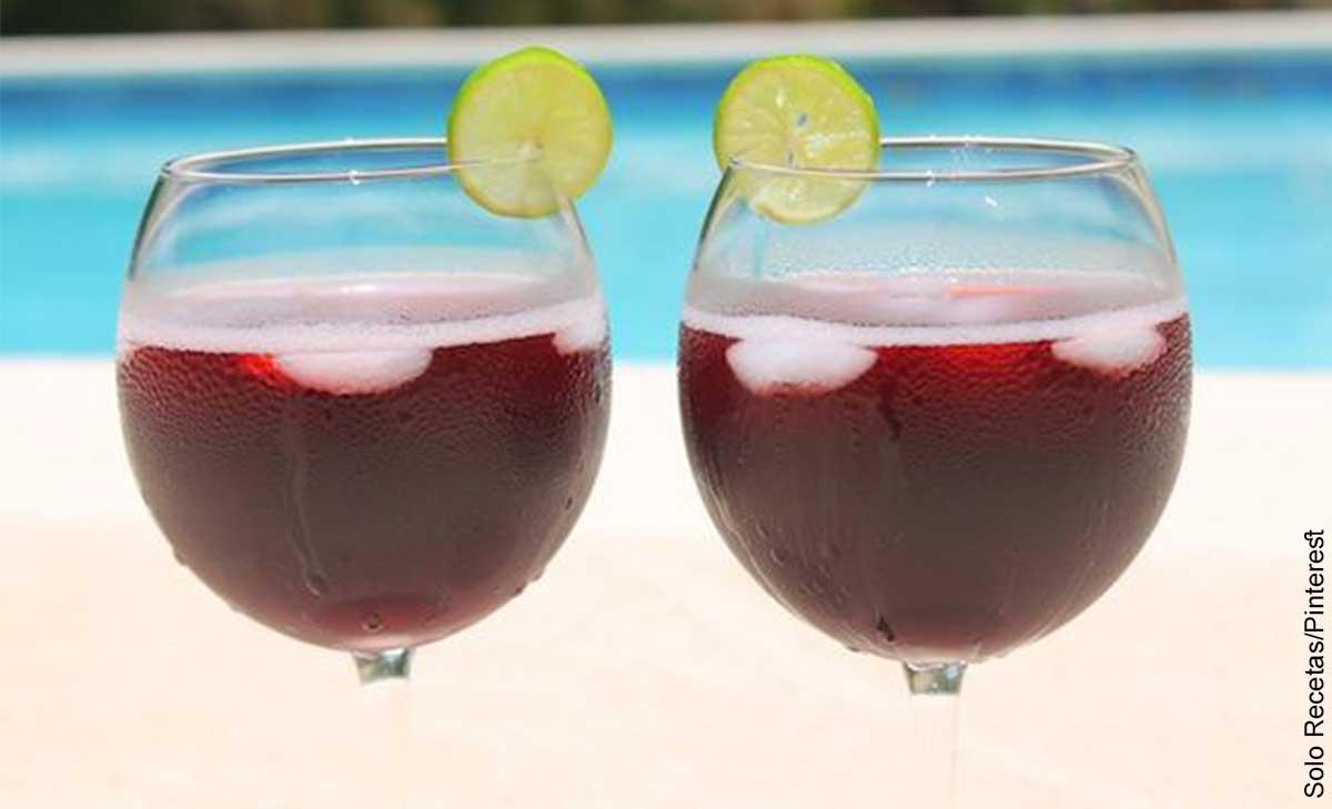 Foto de dos copas con bebidas que muestra el tinto de verano y su receta