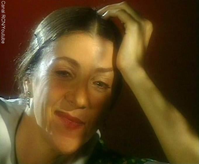Foto de Constanza Duque, la mamá de la Gaviota, en Café