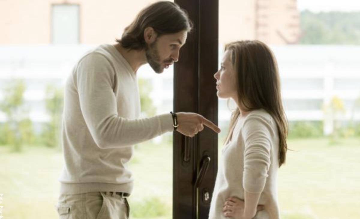 Cuando tu pareja te hace sentir mal, ¿qué debes hacer?