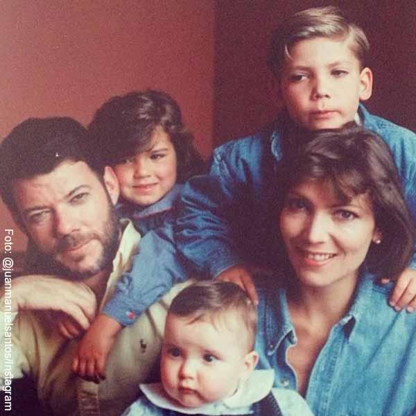 Juan Manual Santos publicó foto de su juventud con Tutina y sus hijos