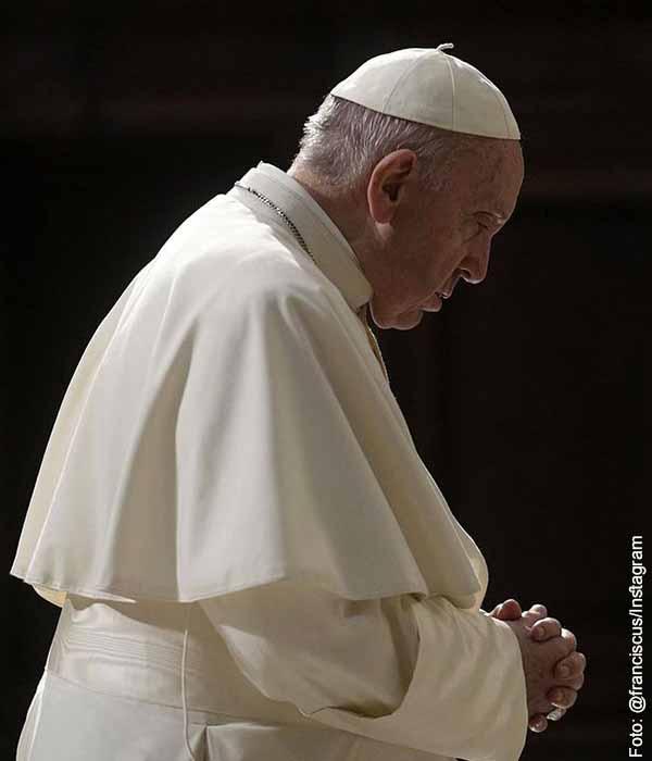 Papa Francisco da mensaje y se le ve preocupado por Colombia