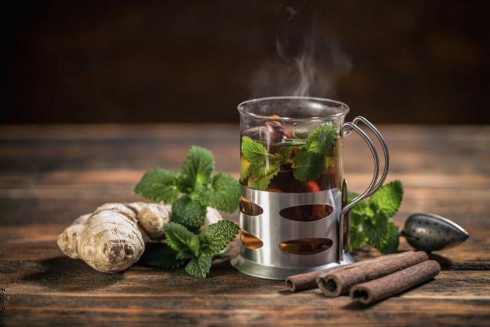 Foto de té de jengibre con canela