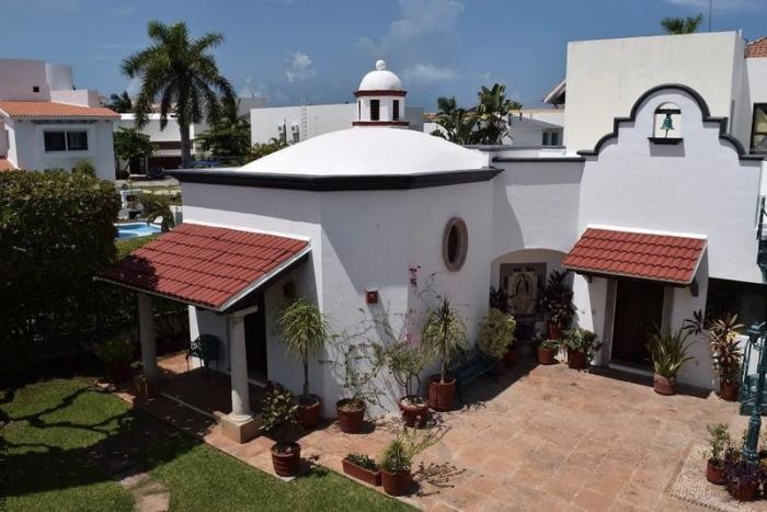 Foto de la mansión Villa Florinda