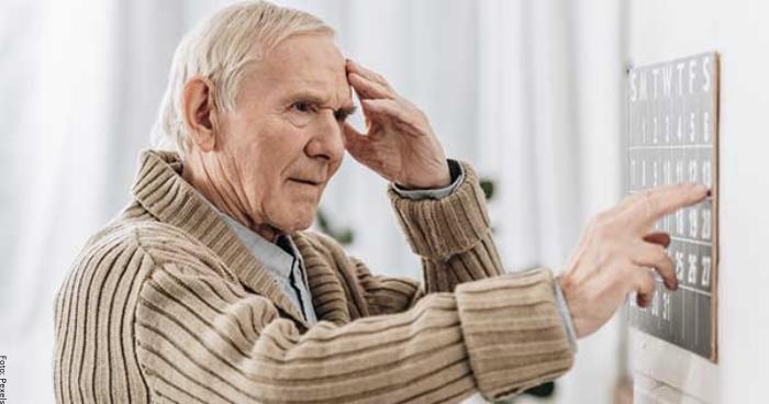 Foto de un hombre con demencia