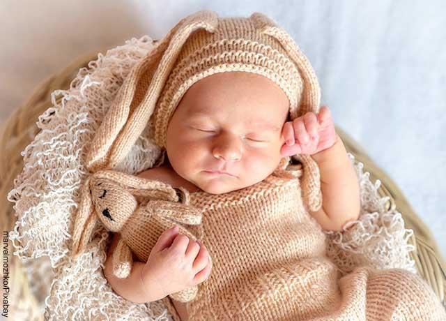 Aprobado proyecto de ley que permite anteponer apellido de la madre