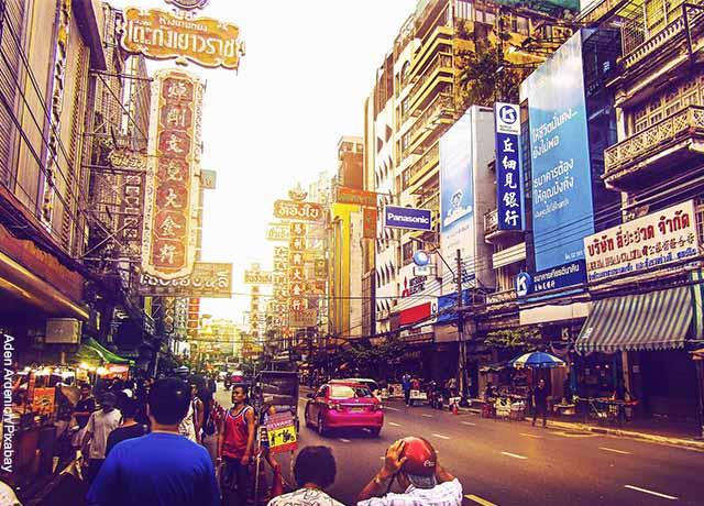 Foto de una calle de Bangkok
