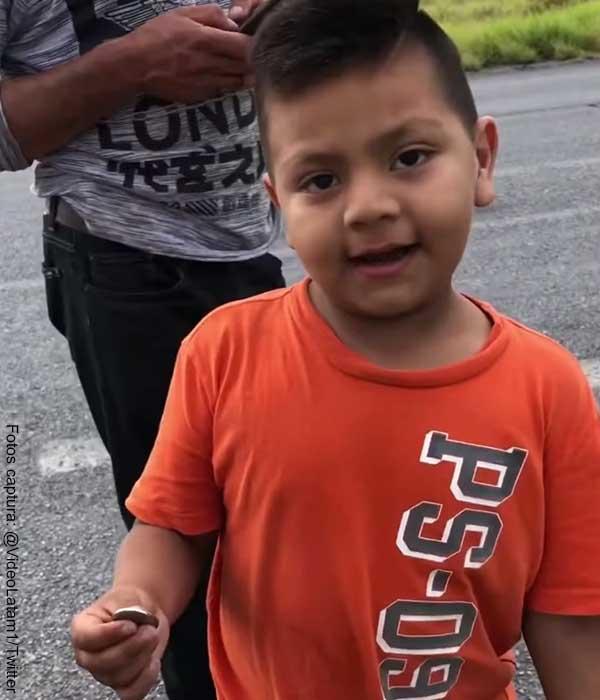 Ejemplo de honestidad: niño decidió no robar naranjas de un camión accidentado