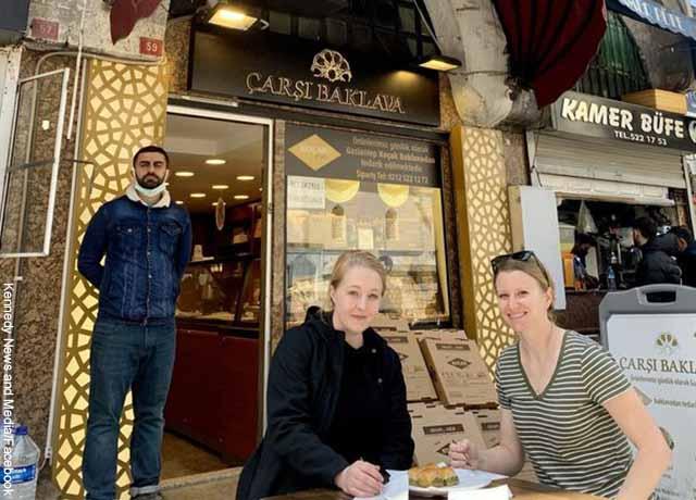 Mujer se fue de viaje a Turquía con la amante de su exnovio