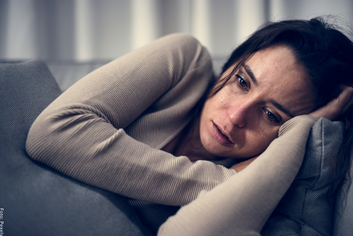 Foto de una mujer con depresión