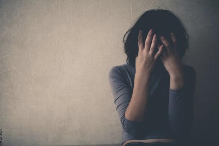 Foto de una persona con depresión