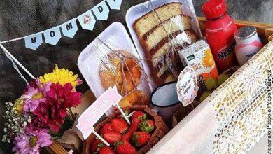 Foto de una caja llena dulces que revela cómo hacer una ancheta
