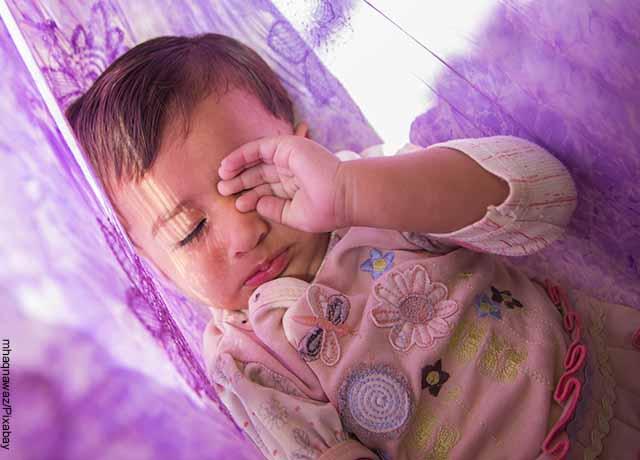 Foto de un niño durmiendo