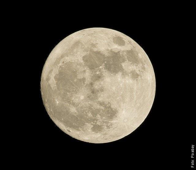 foto de luna llena