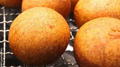Foto de amasijos fritos que muestran cómo hacer buñuelos de caja
