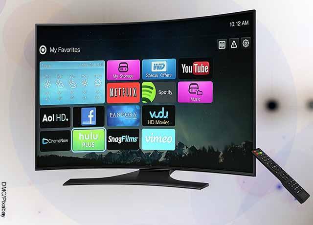Foto de un televisor prendido