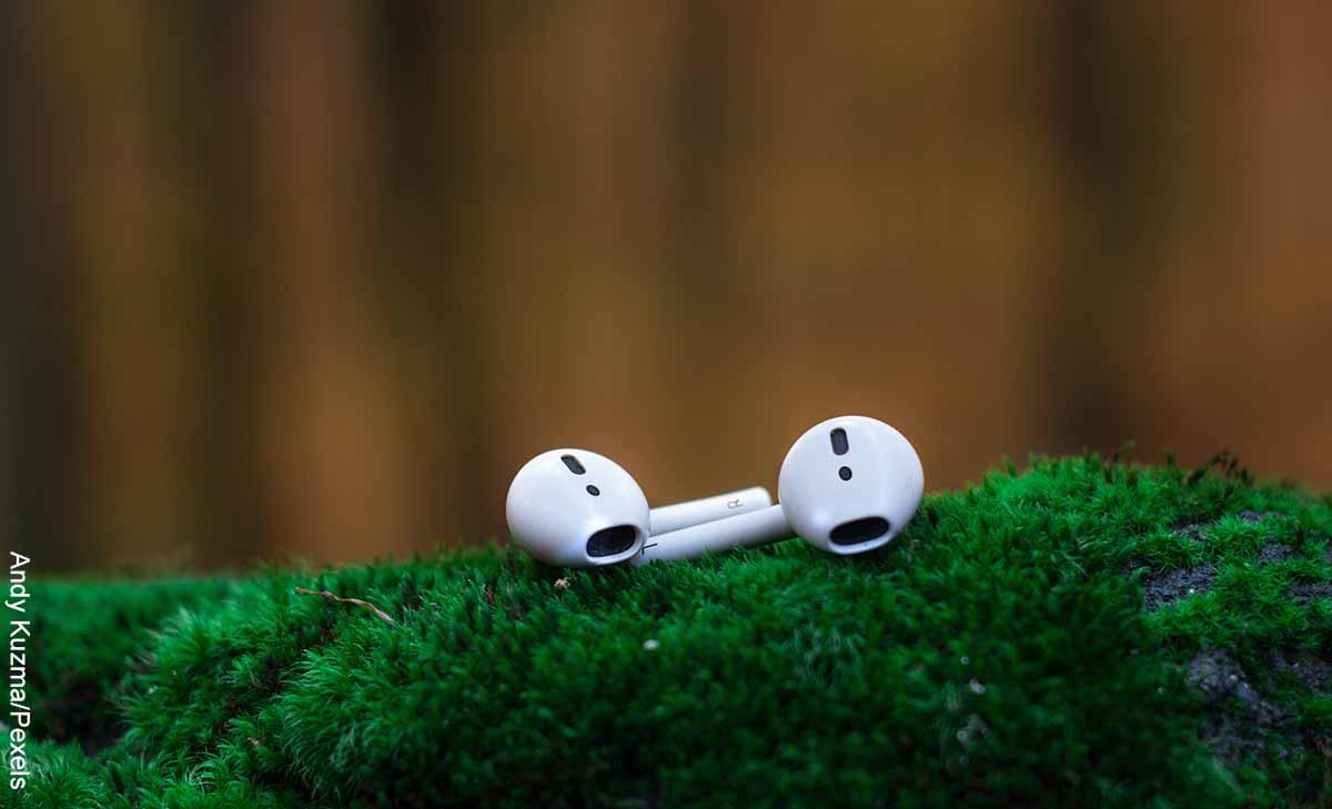 Muere hombre tras explotarle sus audífonos mientras los usaba