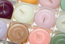 Foto de varias velas que revelan el significado de las velas de colores
