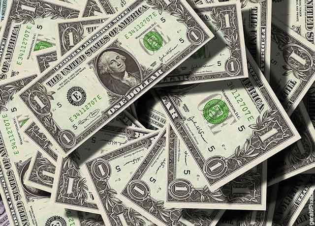 Abuelo perdió miles de dólares al consignar a una cuenta diferente