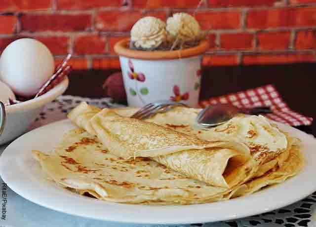 Foto de tortillas de harina que revelan cómo hacer crepes de pollo