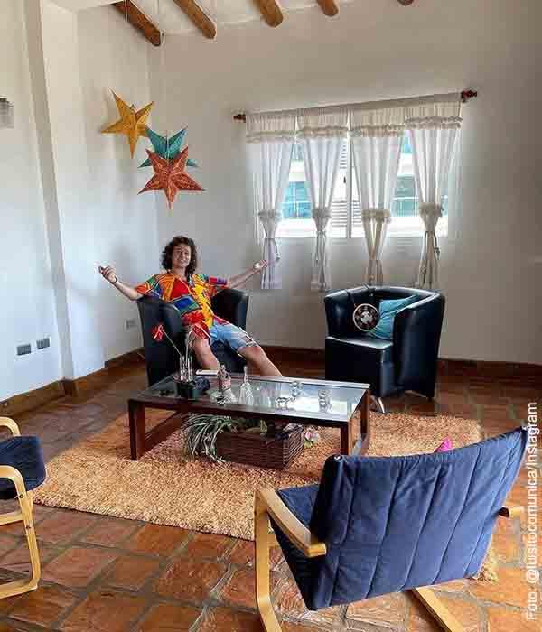 Luisito Comunica compró casa frente a la playa en Venezuela