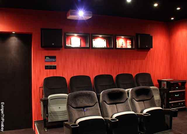 Foto de una pequeña sala de cine casera