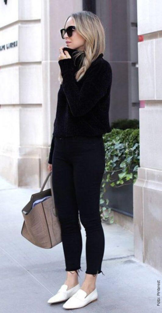foto de mujer elegante