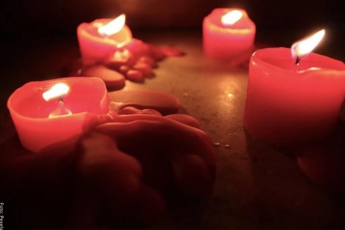 Foto de velas rojas