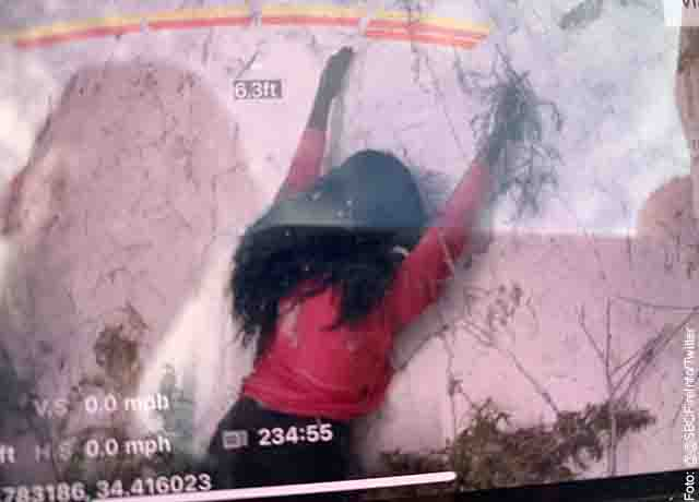 Rescatistas fueron a ayudar a mujer en un acantilado pero, ¡era un maniquí!